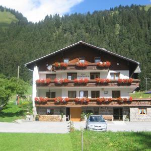 Hotelbilleder: Haus Bergfrieden, Bach