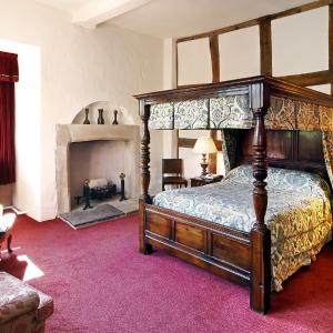 Hotel Pictures: Mercure Telford Madeley Court Hotel, Telford