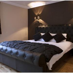 Hotel Pictures: Ben Arthur's Bothy Luxury Flat, Arrochar