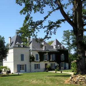 Hotel Pictures: Domaine de La Fauconnie, Campsegret