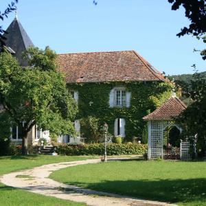 Hotel Pictures: Gite du Domaine du Feyel, Landaville
