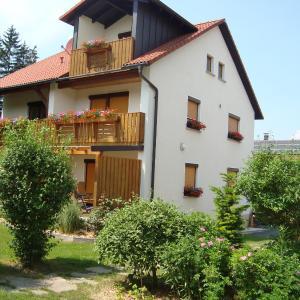 Hotel Pictures: Ferienhaus Brütting, Pottenstein