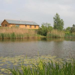 Hotel Pictures: Berry Barns, Shebbear