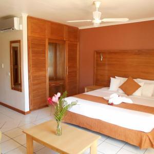 Hotel Pictures: Bedarra Beach Inn, Korotogo