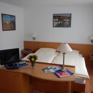 Hotelbilleder: Appartementhaus Eiergrogstube, Helgoland