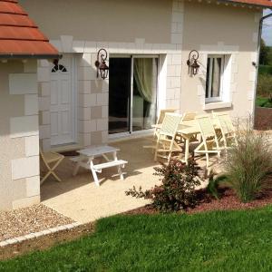 Hotel Pictures: Gîte Lady Adra, Saint-Aignan