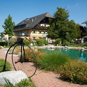 Hotel Pictures: Gastagwirt, Eugendorf