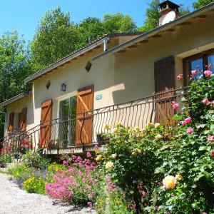 Hotel Pictures: Le Moulin du Barthas, Montredon-Labessonnié