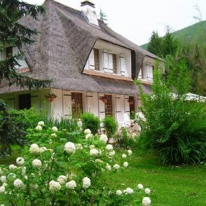 Hotel Pictures: La Chrissandière, La Balme-de-Sillingy