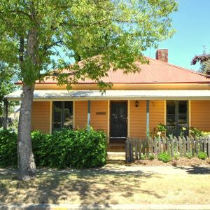 Hotellbilder: Cooma Cottage, Cooma