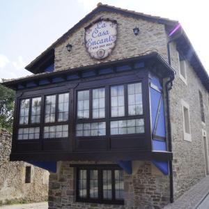 Hotel Pictures: La Casa Encanto, Espinosa de los Monteros