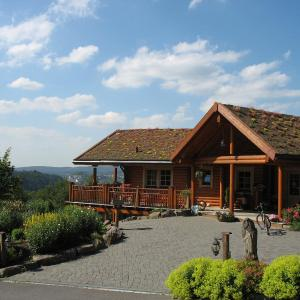 Hotel Pictures: Hotelanlage Country Lodge, Arnsberg