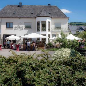 Hotel Pictures: Gästehaus und Weingut Bernd Frieden, Nittel