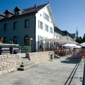 Hotel Pictures: Hotel und Kurhaus Weissenstein, Oberdorf