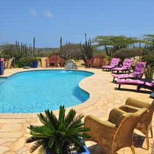 Foto Hotel: Paradise Villas & Apartments, Oranjestad