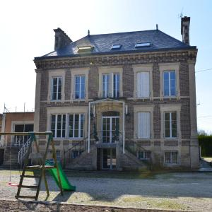 Hotel Pictures: Chateau De Clavy Warby, Clavy-Warby
