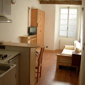 Hotel Pictures: Studio Cagnoli, Saint-Martin-Vésubie