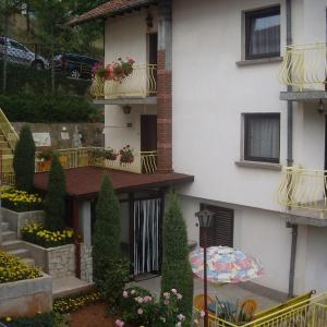 Foto Hotel: Guest House Rusalka, Shipkovo