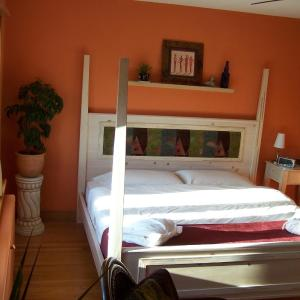 Hotel Pictures: Artisan Upstairs Guesthouse, Sudbury