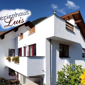 Hotel Pictures: Ferienhaus Luis, Nauders