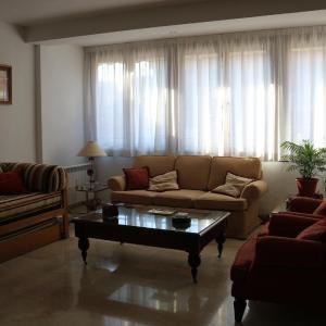 Hotel Pictures: Apartamentos Toledo MH, Toledo