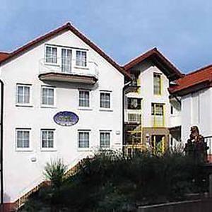 Hotel Pictures: Hotel Taubengrund 2, Hofheim am Taunus