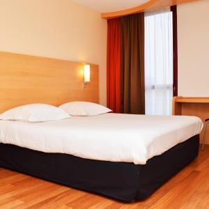Hotel Pictures: ibis Bordeaux Saint Emilion, Saint-Émilion