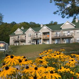 Hotel Pictures: GetAways at Haliburton Heights, Haliburton