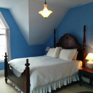 Hotel Pictures: Fairmont House Bed & Breakfast, Mahone Bay