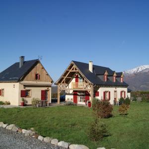 Hotel Pictures: La Maison de Béatrice, Arcizans-Avant