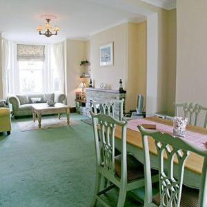 Hotel Pictures: Hazeldeen, Tintagel