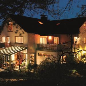 Hotelbilleder: Gästehaus-Weingut Loersch-Eifel, Leiwen