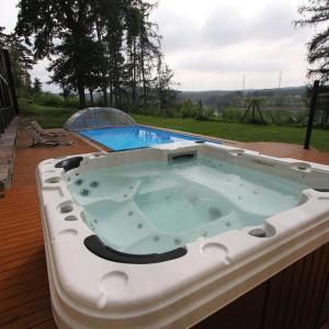 Hotel Pictures: Yacht Club Radava, Radava