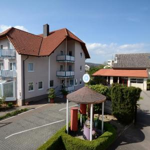 Hotelbilleder: Hotel Weingarten, Bad Dürkheim