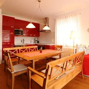 Photos de l'hôtel: Appartement Dachsteinblick, Haus im Ennstal