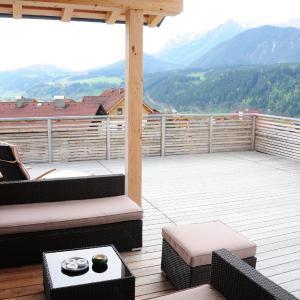 Photos de l'hôtel: Alpine Living - Luxus Appartements, Haus im Ennstal