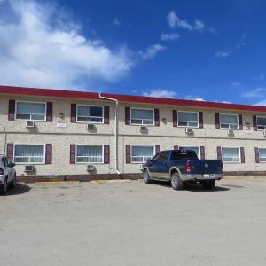 Hotel Pictures: Black Gold Inn, Edson