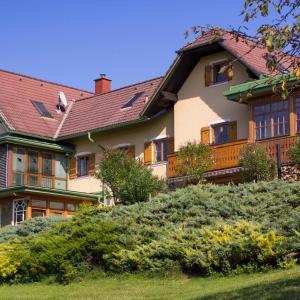 酒店图片: Ferienwohnungen Soravia, 甘利特茨