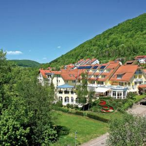 Hotel Pictures: Vitalhotel Sanct Bernhard, Bad Ditzenbach