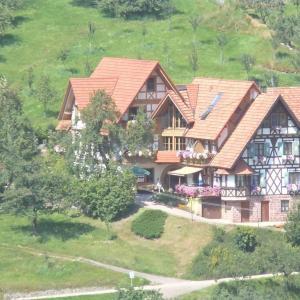 Hotel Pictures: Bäuerlehof, Seebach