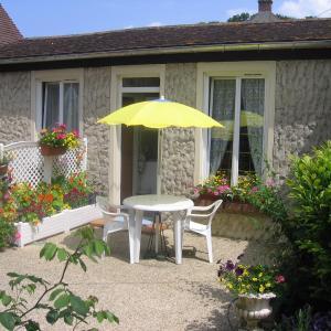 Hotel Pictures: Au Bon Gite - Studio, Arromanches-les-Bains