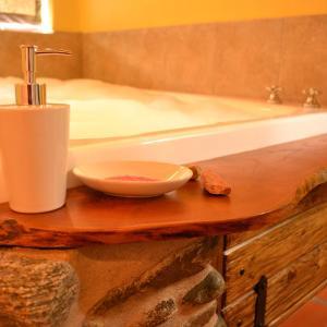 Фотографии отеля: Cabañas Chacras del Arroyo Vidal, Carpintería
