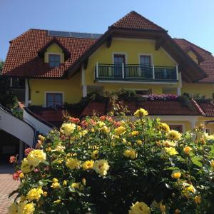 Hotellikuvia: Haus Rose, Wenigzell