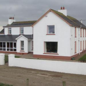 Hotel Pictures: Carnside Guest House, Bushmills
