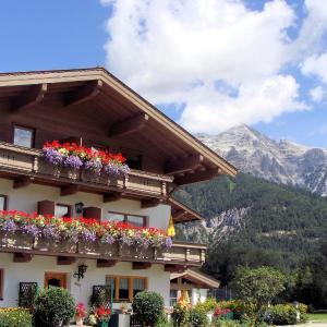 Hotel Pictures: Appartementhaus Schartental, Sankt Ulrich am Pillersee