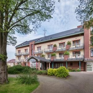 Hotel Pictures: April hotel Panorama, Rychnov nad Kněžnou