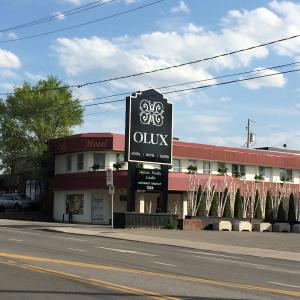 Hotel Pictures: Olux Hotel-Motel-Suites, Laval