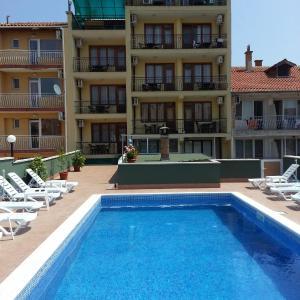 Fotos de l'hotel: Guest House Kostadinovi, Ravda