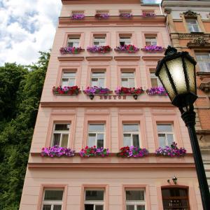 Hotel Pictures: Hotel Boston, Karlovy Vary