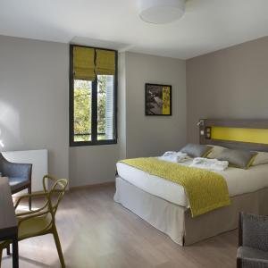 Hotel Pictures: Domitys Le Château des Plans, Parthenay